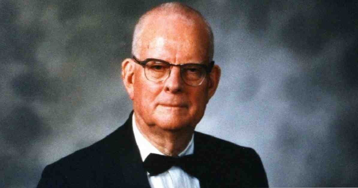 William Edwards Deming biografi ahli statistik dan konsultan ini / Biografi